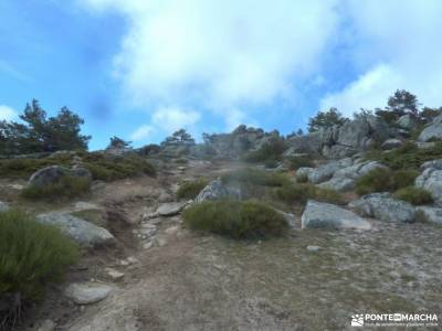 Cuerda Escurialense y Cuelgamuros;pueblos asturianos con encanto parque natural de madrid rutas de s